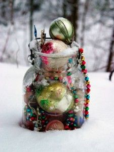 Winter activities - love this outdoor treasure hunt through the snow