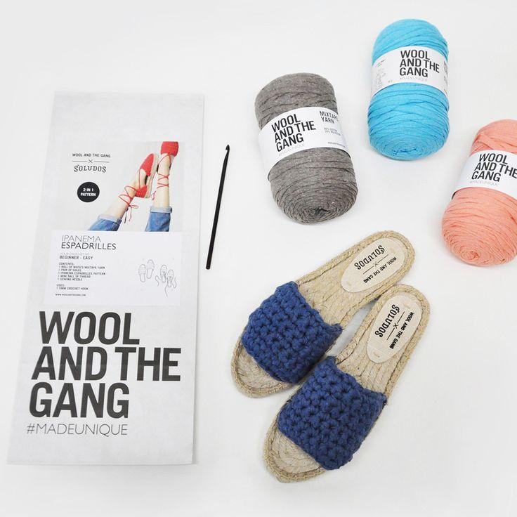 """今、海外や日本のニット好きの間で話題のブランド、「WOOL AND THE GANG(ウールアンドザギャング)」って知っていますか?じつは、パリの編み物ブームを引き起こしたとされるニットブランドなんです。特に、ロンドンのセンスを感じる、クールでオシャレな""""編み物キット""""が大人気!今回は、編み物が趣味の方はもちろん、初心者の方にもおすすめの簡単におしゃれなアイテムが作れる編み物キットをご紹介します。マフラーやニット帽子、セーターなど、誕生日やクリスマス、バレンタインのプレゼントにもピッタリです!"""