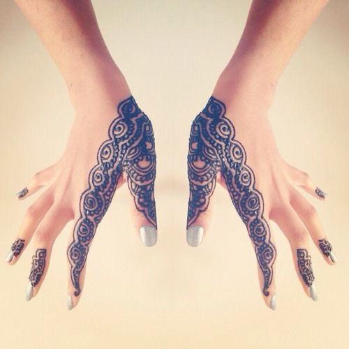 simple henna design