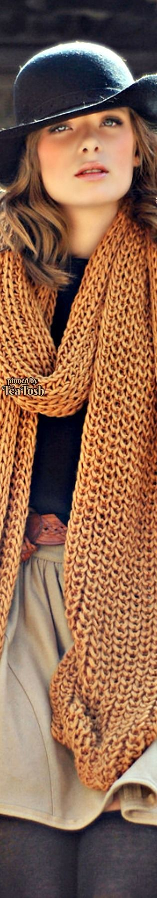❇Téa Tosh❇ Out come the fall knits…