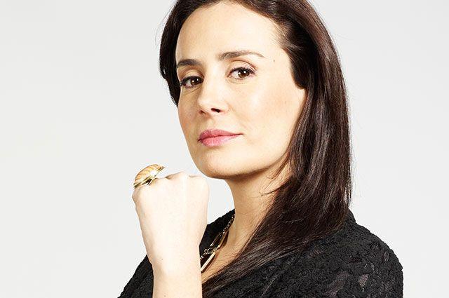 Camila Santos - Interpretado por Cristina Campuzano