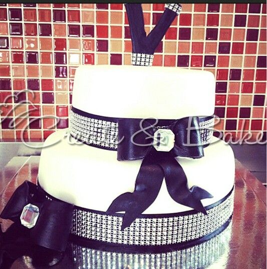 Cake creating in Cape Town, South Africa. www.createandbake.co.za  Black and white bling cake