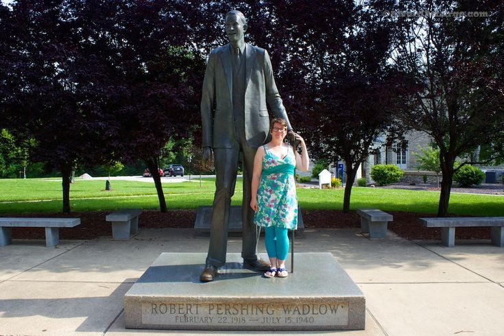 Foto Friday: The World's Tallest Man - A Nerd At Large