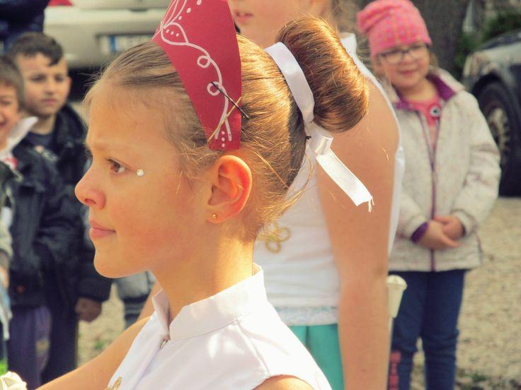 Pécs mazsorett, majorette március 15 ünnepség Twirling