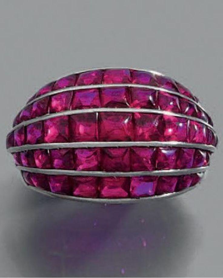 An Art Deco platinum and ruby ring, by René Boivin, circa 1935. #Boivin #ArtDeco #ring