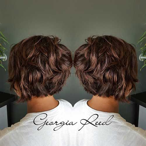 22-Short Curly Hairstyle for Women