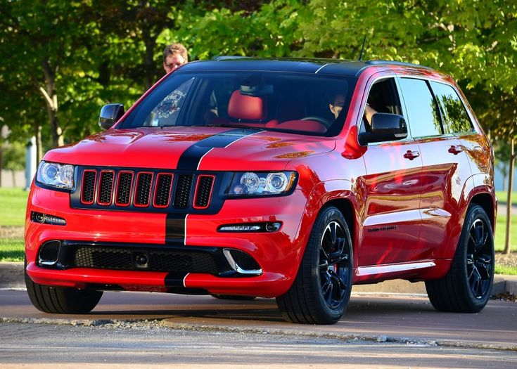 "Jeep Grand Cherokee SRT8 ""ferrari"""