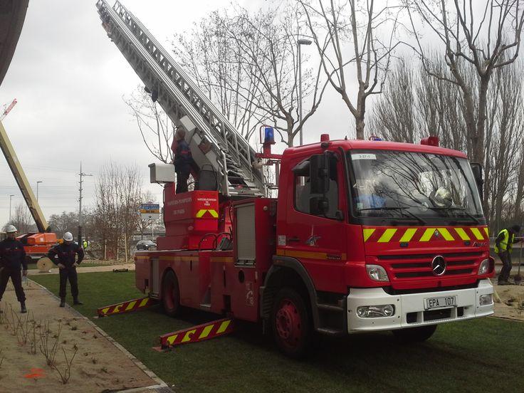 Voie pompier ECOVEGETAL http://parking.ecovegetal.com/fr/solutions/voie-pompier