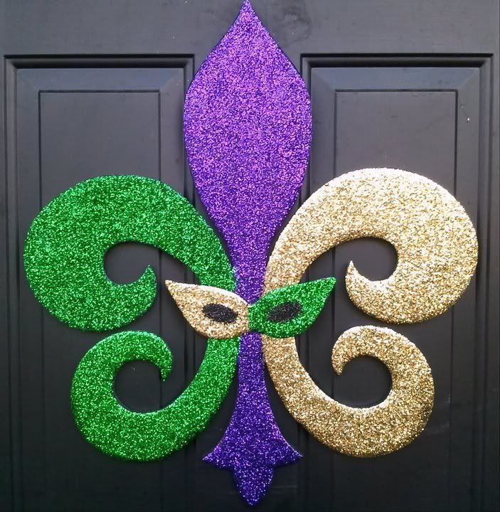 Mardi Gras @Angela Gray St Amant Lee Could you draw me a stencil of this please? I want to make a few for our float!