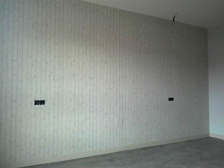 instalacin de papeles pintados muy actuales para el proyecto de un piso muy juvenil en tonos