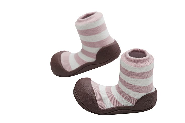 Attipas natural herb in pink - dyed with all natural ingredients making them ideal for babies with sensitive skin