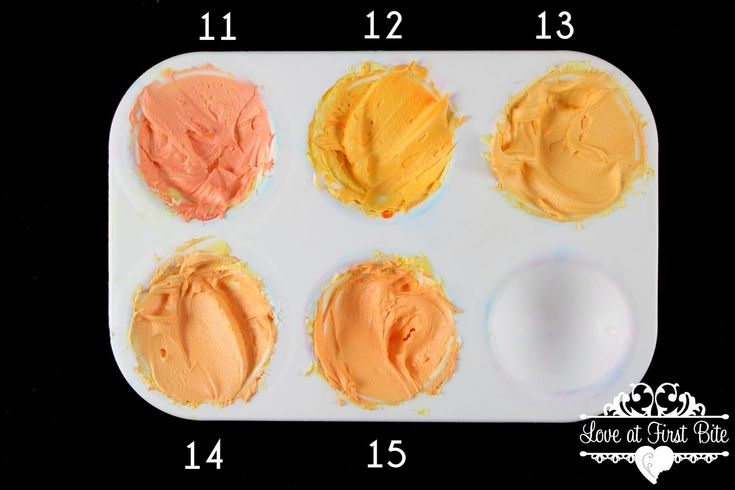 """Mixing Tertiary Colors The Easy Way """"Primary"""" Egg Yellow mixed with oranges (11) Terracotta (12) Electric Orange (13) Orange (14) Copper (15) Peach"""