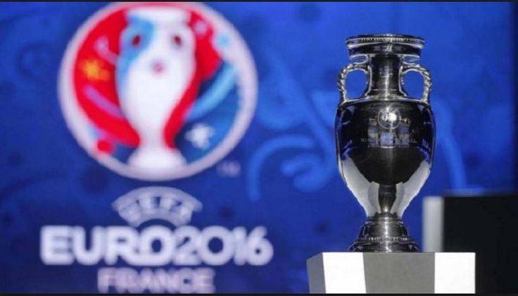 #Euro2016 si sta avvicinando sempre di più al podio!  Questa sera il negozio #Masè di via San Nicolò a #Trieste vi aspetta come sempre con schermo e tavolini all'aperto per assistere alla semifinale #Germania - #Francia, alle 21. Non mancate!   #SoloDaMasè #cottomase #cottotrieste #semifinale #footballmatch #eventi