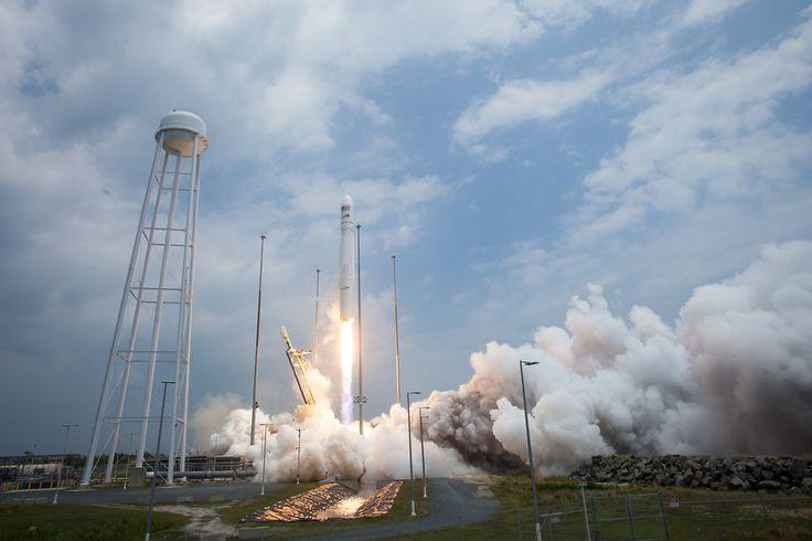 Antares Rocket Launches Cargo to Space Station | NASA.  ========================   Rolando De La Garza Kohrs  http://About.Me/Rogako  ========================
