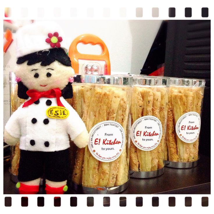 CHEESY PASTRY STICK ❤️ Ready stock! Grab it fast!  #ekitchen #homemade #funbaking #forsale #pmfororder