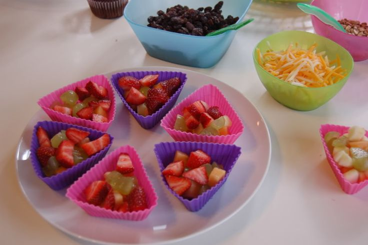 toddler snack ideas | The toddler food: raisins, cheese, sunflower kernels, whole wheat ...