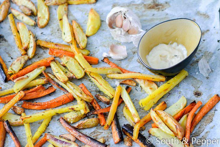 #Kleurrijke #frietjes uit de #oven met #zelfgemaakte #knoflook#mayonaise! Bekijk hier het #recept!
