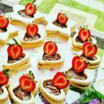 """889 Likes, 53 Comments - Selin (@pembe_mavi_dunyams) on Instagram: """"Her yaz yaptigim kislik kirmizi biber tursusu kesinlikle yapmalisiniz. Hem tursu niyetine,hem meze…"""""""