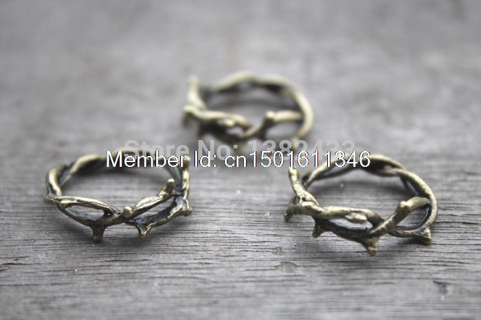 Aliexpress.com: Comprar 10pcs  Crown de espinas encantos, espina anillo, ramita bronce anillo, rama colgantes anillo, regalo accesorios 23 mm de papel con encanto fiable proveedores en treasure charm