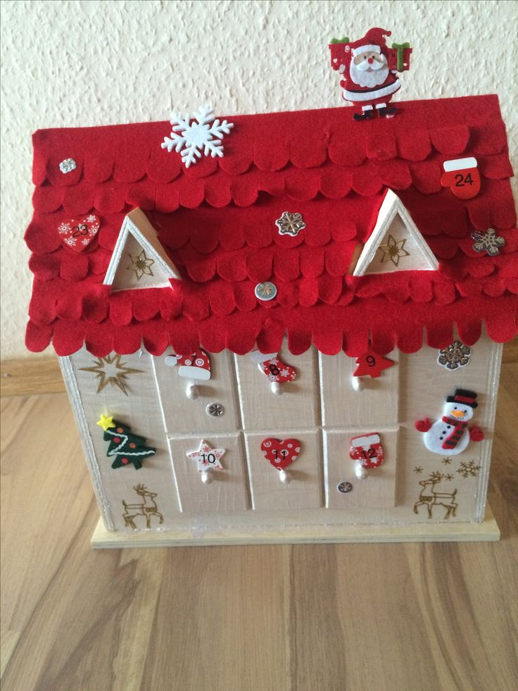 pin von jass auf adventskalender haus kind butinette weihnachten weihnachtshaus filz. Black Bedroom Furniture Sets. Home Design Ideas