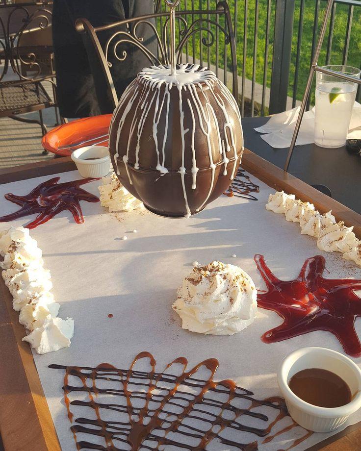 Chocolate piñata? I think yes.