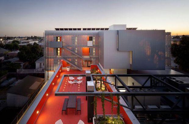 """En la categoría de """"Vivienda"""" Koning Eizenberg Arquitectura se llevó la victoria por su 28th Street Apartments, de Los Angeles, California."""