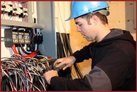 An electrician is a tradesman expert in electrical wiring of buildings, industrial and relevant equipment. Industrial electricians may be employed in the new electrical components, installation or repair of existing electrical infrastructure. #ElectriciansInTauranga #IndustrialElectriciansMaunganui #IndustrialLightingRepairs #LightingRepairs #Electricians #Electricity #IndustrialElectricians