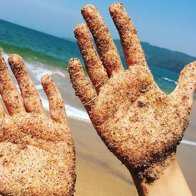 My kind of henna!! Love the feel of grains on my hand!!! .  Beach Photography, Goa, India