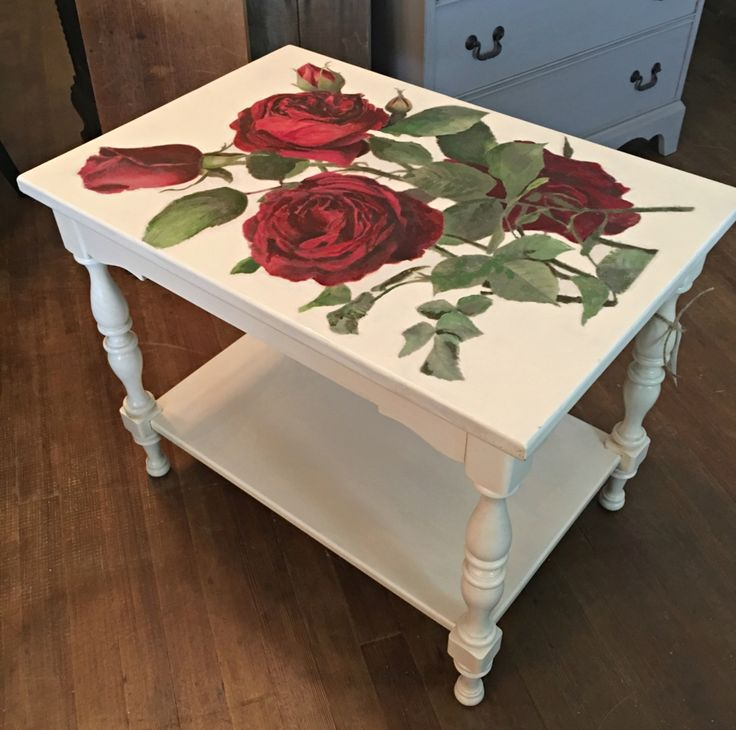 Beautiful Side Table Makeover!   So Very Merry