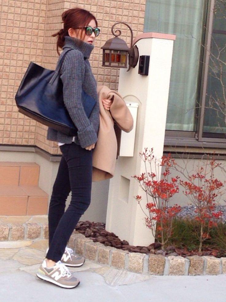MOROKOBARのニット/セーターを使ったmayumiさんのコーディネートです。│自分なりのグレーのワントーンコーデ。