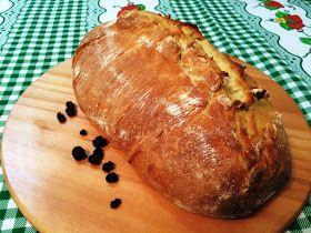 Prepare um maravilhoso Pão rústico com fermento caseiro e natural de uva passa.