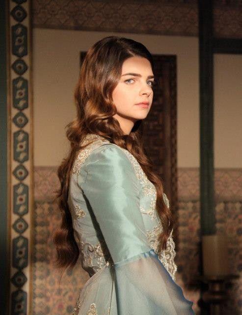картинки великолепный век платья михримах уплотнение