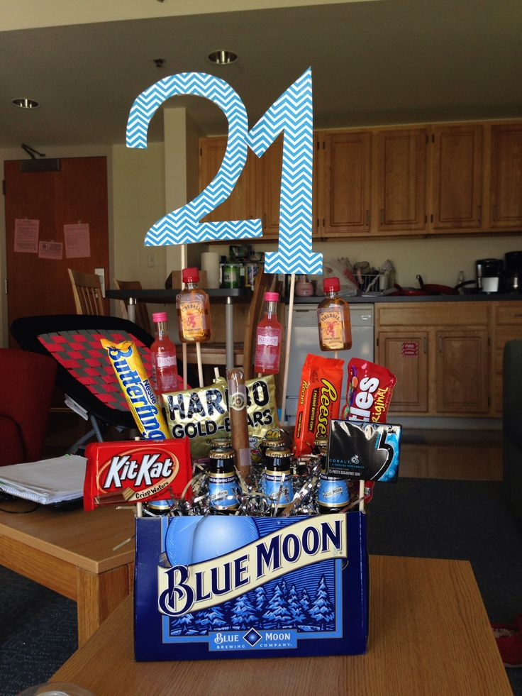 25 Unique 21st Birthday Basket For Girls Ideas On