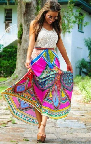 aztec maxi skirt- How to Look Casual Chic in Maxi Skirts http://www.justtrendygirls.com/how-to-look-casual-chic-in-maxi-skirts/