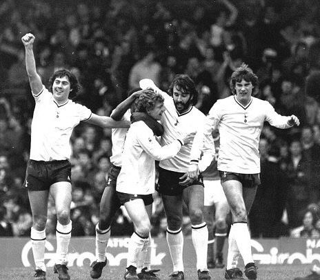 Paul Miller, Garth Crooks, Micky Hazard, Ricky Villa and Glenn Hoddle