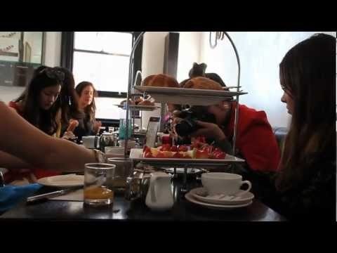 THE ICONIC brunches with Top Fashion Bloggers