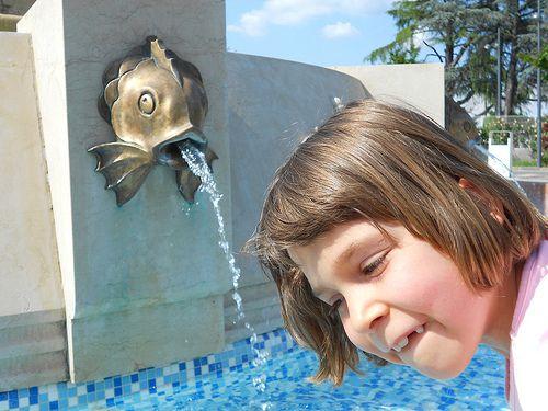 pesce zampillante e dentoni by Pivari.com, via Flickr
