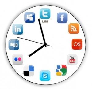 comScore 2011 Sosyal Medya Raporu - comScore, geçtiğimiz günlerde 2011 yılının sosyal medya raporunu yayınladı ve comScore'un bu raporu, insanları tanımlarken artık başlarına 'online' terimini de eklememiz gerektiği kanaatini belgeledi(...)