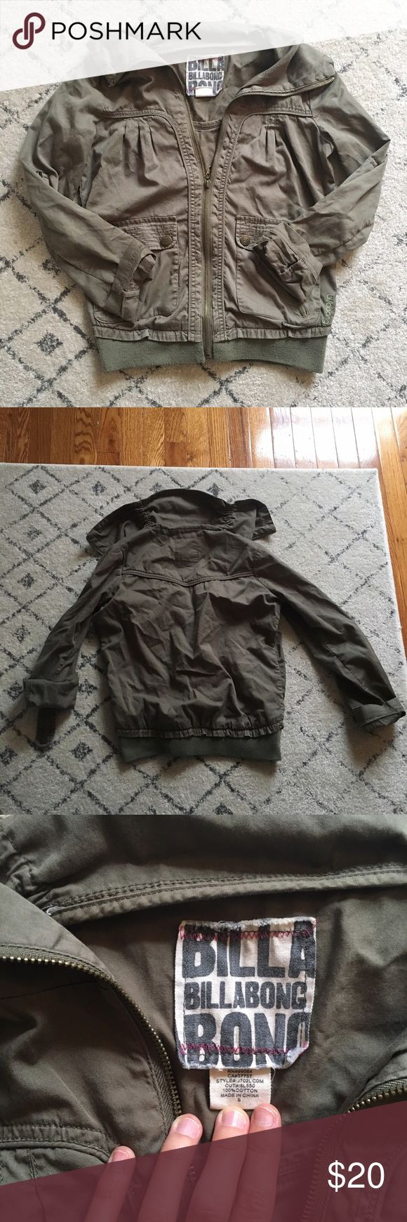billabong cargo bomber zip up jacket Cargo/bomber style jacket by Billabong. I say bomber because there is a stretchy waistband at the bottom hem, but it also covers the classic army cargo jacket look too! Good used condition with minor pilling at the waistband from normal wear. Billabong Jackets & Coats Utility Jackets