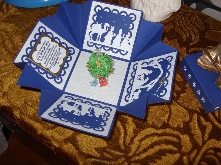 pudełko z choinką więcej na www.kasartt.blogspot.com