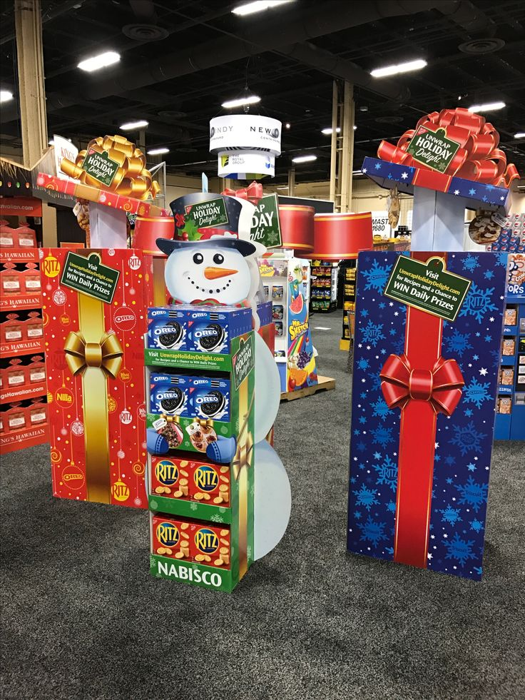 Nabisco Christmas Free Standing Unit - Looking to get noticed with your point of sale display in a busy, fast-paced retail environment? Increase confidence in your sales with www.popthis.com.au