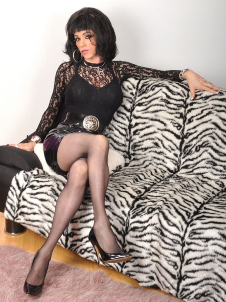 crossdresser young independent escorts