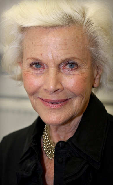 Almost Pure.. Honor Blackman (86)