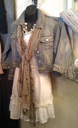 denim and lace.... LIKE THE DRIPPY NECKLACES AND SCARF. FUN.
