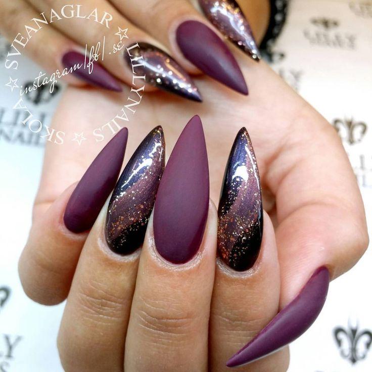 Lilly Nails new Gel Polishes: Dark Grape, Old Carmine and Golden Rose . . #sveanaglar#lillynails#nails#nailart#naglar#gelnails#gelenaglar#gelpolish#gelelack#acrylicnails#akrylnaglar#instanails#nailstagram#nailtech#nailswag#nailprodigy#nailwow#nailinspo#nailinspiration#tmblrfeature#glitter#hudabeauty#ghmanicure#stiletto #stilettonails