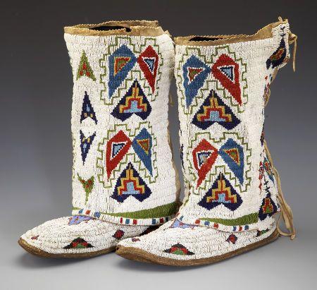 Sioux womens leggings 1920