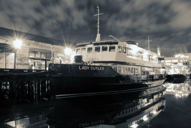 Burlesque boat cruise: All aboard for a fun-filled evening of entertainment and fine food with live artists in a delightfully decadent atmosphere.