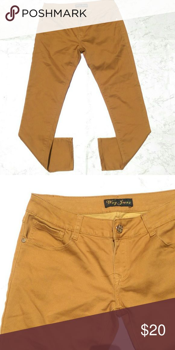 Mustard Yellow Skinny Jeans/Pants Pretty Mustard Yellow Skinny jeans in great condition!  Size: 9 (30 waist) Pants Skinny