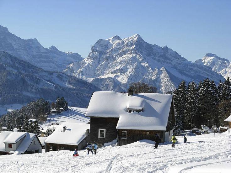 Alppimaisemien juurella. #TheAlps #Alpit