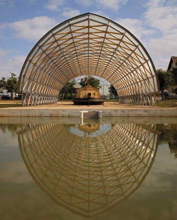 25 best ideas about shigeru ban on pinterest wood for Architecture ephemere shigeru ban